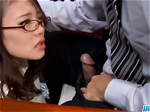 Subtitles - Ibuki, asian assistant, fucked in office