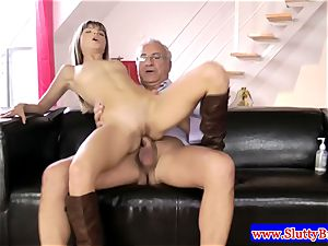 brunette amateur in lingerie porked from behind in hd