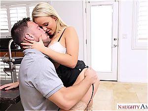 Alexis Monroe gets penetrated by the mechanic in some magnificent undergarments