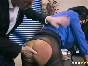 40-year-old secretary Simone Garza seduces her youthful boss Danny D