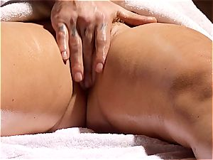 crazy masseuse makes Krissy Lynn shake after voluptuous enjoy making