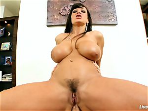 LiveGonzo Lisa Ann Mature Getting ass pummeled