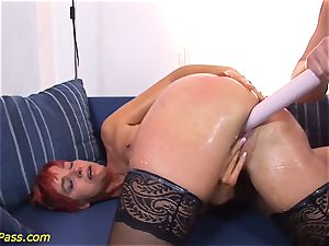 lubed lush mummy gets anal pumped