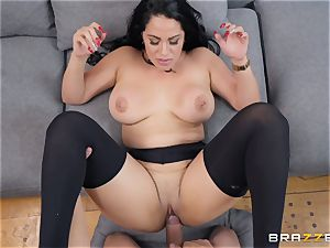 Cristal Caraballo plowed in her latina pussyhole