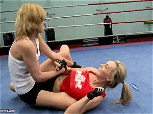 Tanya Tate with hot babe struggling in the ring