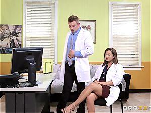 doctor Keisha Grey porks one of her ultra-kinky super-hot partners