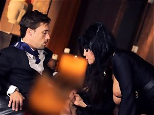 black haired Alison Tyler nails her suited lover