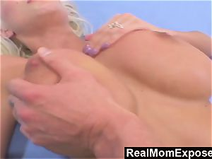 RealMomExposed please fuck My humungous jugged mommy