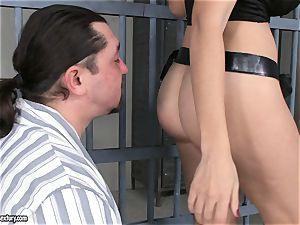 bootie boinking In jail