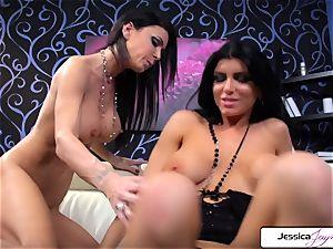 Jessica Jaymes loves to penetrate Romi Rain sugary-sweet labia
