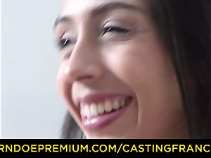 casting FRANCAIS - first-timer beauty penetrated and jizm glazed