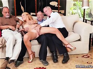 nubile biotch rides penis and lace oral job hard-core Frannkie And The gang Tag crew A Door To Door