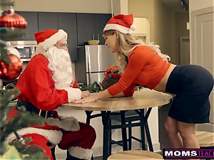 Santa's naughty Helpers In Christmas three way S9:E7