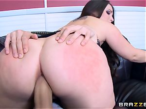 Lola Foxx boinked in her chilli ring