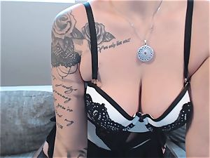 Geiler Striptease von web cam chick NinaDevil