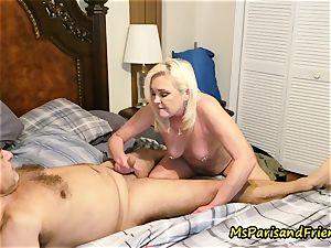 Ms Paris Rose in pee play foreplay