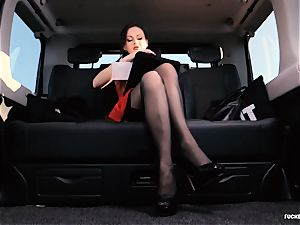 boinked IN TRAFFIC - brit Tina Kay romped in the car