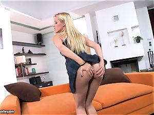 Sophie Moone enjoy playing her hottie figure