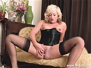 blondie in antique wear nylon panties wanking wet puss
