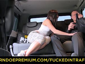 penetrated IN TRAFFIC - Czech babe cheats her bf in taxi