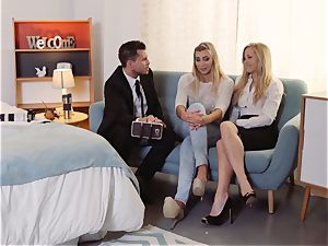 LOS CONSOLADORES - Vyvan Hill porked in FFM threesome