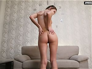 sumptuous audition of a buzzed nubile Buhalo