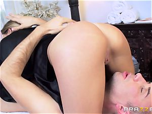 Getting a super-naughty rubdown from pretty hotty Subil bend