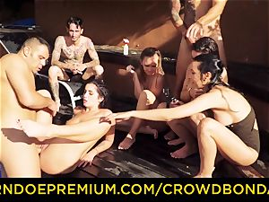 CROWD restrain bondage Outdoor pool intercourse for steaming Loren Minardi